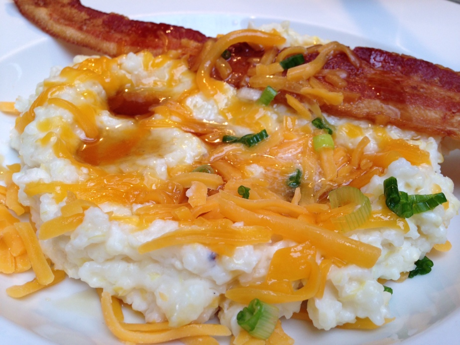 Creamy Slow Cooked South Carolina Cheddar Grits with Bacon